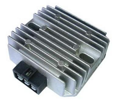 Regulátor napětí Yamaha YZF/FZ/VT 125-1000 (94-13)