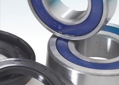 Sada ložisek+gufera přední kolo KTM 125 SX (00-02)